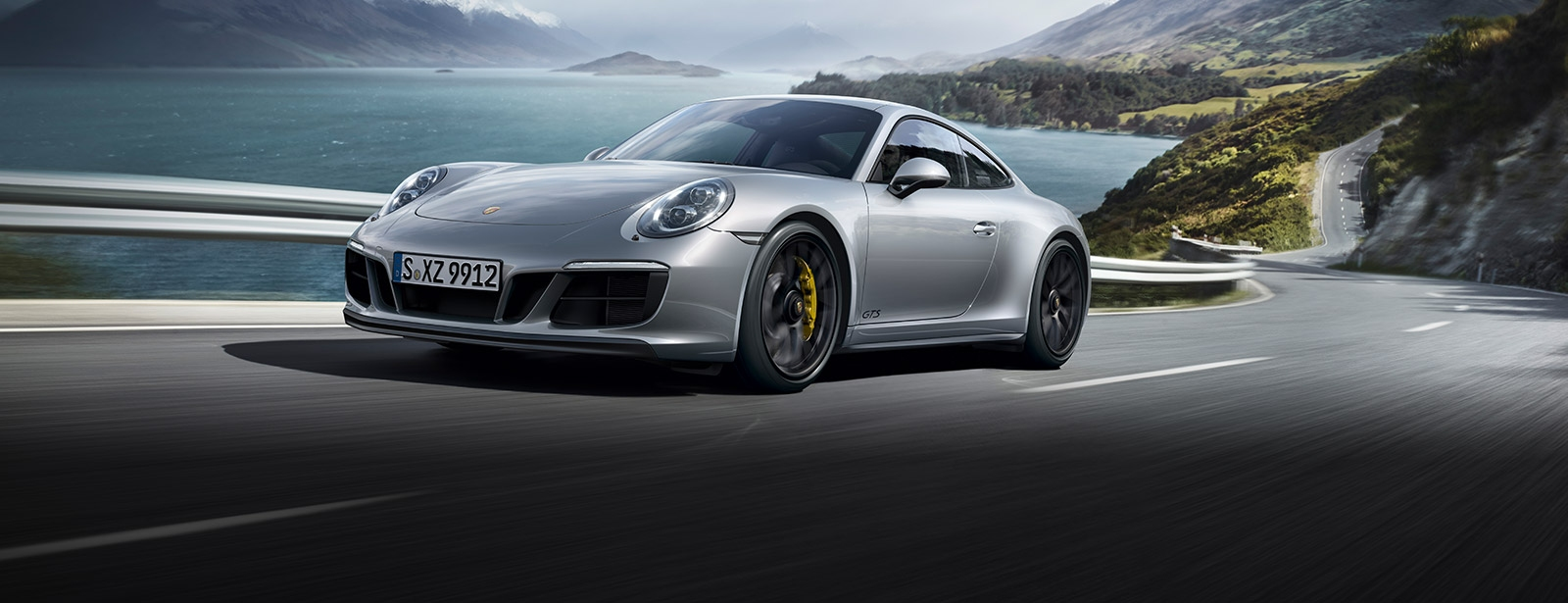 Porsche - 911 Carrera 4 GTS - Driven for more.
